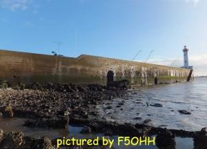 Le vieux môle à marée basse vives eaux