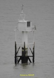 Feu amont de PortCé situé en mer