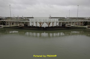 Avant port vu de l'écluse Sud