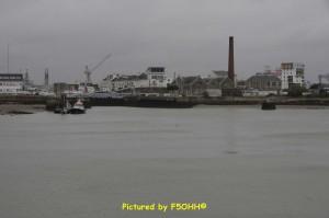 Avant port côté navires pilotes