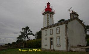Vue arrière du phare de Combrit
