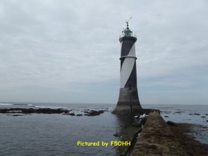 Le phare du Four et sa jetée