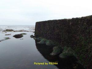 La jetée à marée basse