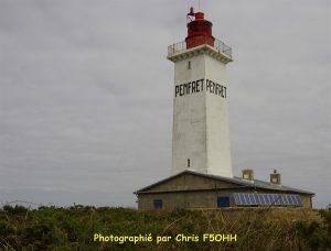 Le phare de Penfret domine l'île