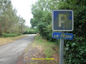 Petit parking à partir du panneau