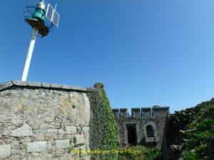 Unique étroite entrée du fort enterré