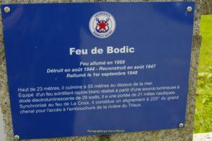 A l'entrée du phare de Bodic