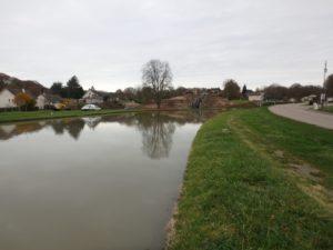 Superbe village Rogny-les-7-écluses