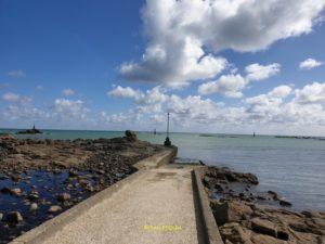 Vue de l'entrée du port de Barfleur